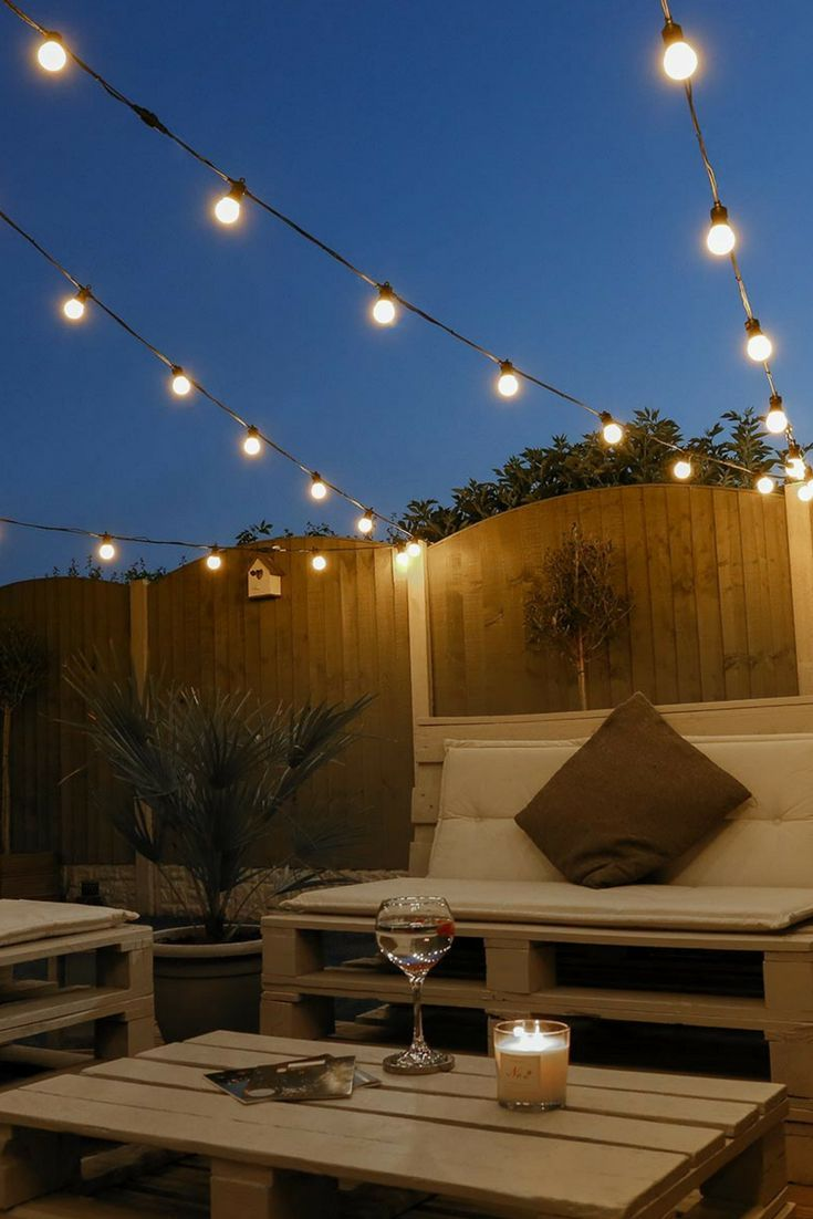 Cool 52 Newest Outdoor Lighting Ideas To Your Garden More At Https Decoratrend Com 2019 03 Backyard Lighting Festoon Lighting Garden Outdoor Garden Lighting