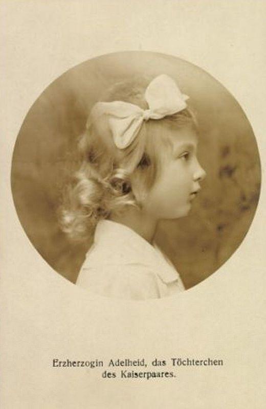 Erzherzogin Adelheid, Tochter Kaiser Karls I. von Österreich