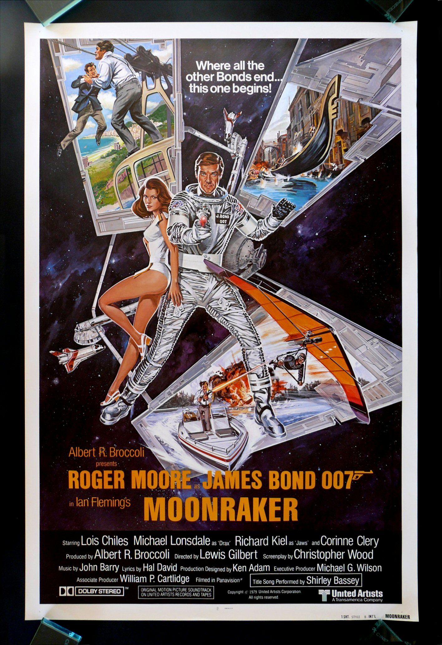 007 11 1979 Moonraker Bond Roger Moore 4th Bondgirls Lois