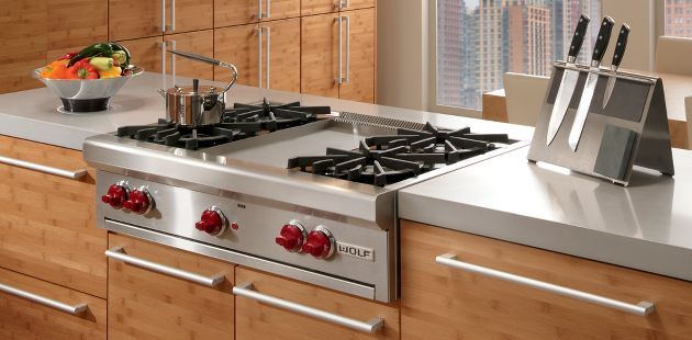 Wolf 36 Gas Rangetop With Images Kitchen Remodel Bamboo Cabinets Range Top