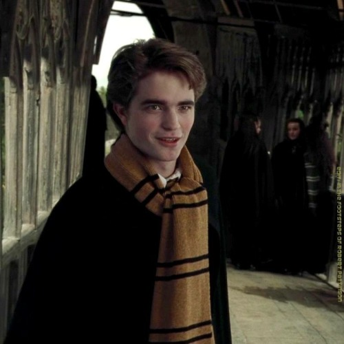 In The Footsteps Of Robert Pattinson In 2020 Harry Potter Actors Cedric Diggory Harry Potter Icons