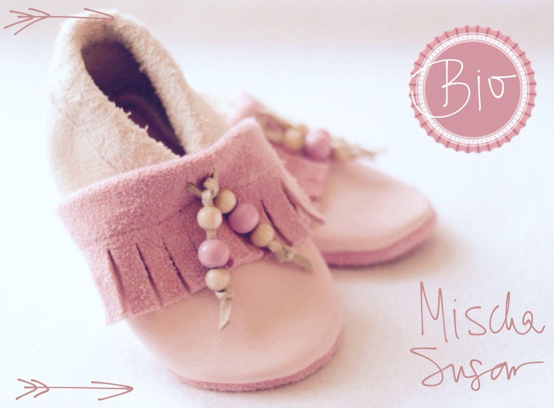 Mokassin-Bio Babyschuhe Krabbelschuhe Lauflernschuhe Lederpuschen aus bio Leder, ecopell Leder, süßes Babygeschenk zur Geburt, Geburtstag von MischaSugar auf Etsy