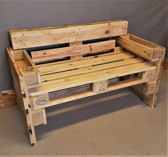 Sitzbank Aus Palette Mit Lehne Holzbank Getrankehalter Vintage