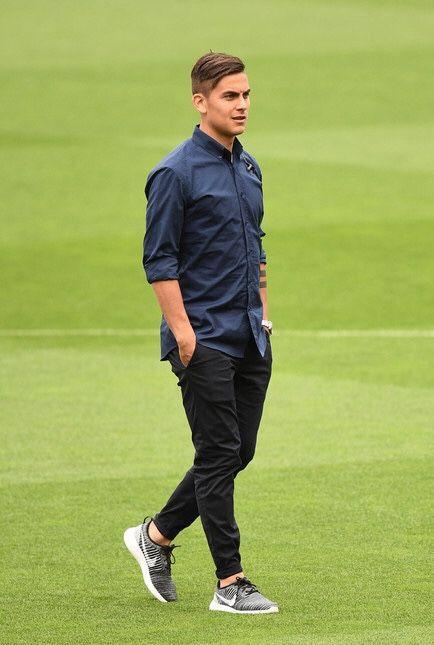 Abito Elegante Juventus.Rivali Non Nemici Paulo Dybala Mi Manchi Gia Giocatori Di