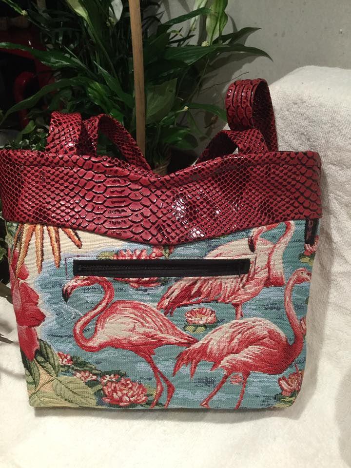 Sac Annie cousu par Dom en simili dragon et tissu flamants roses - Patron couture Sacôtin
