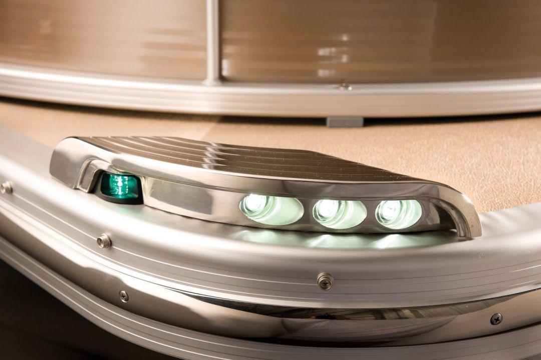 Custom Boat Headlights : Bennington qcw i o custom led docking and navigation