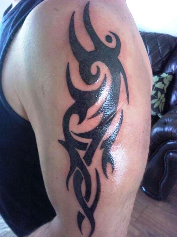 quality tribal arm tattoo designs bold black tribal upper arm tattoo cvcaz tattoo art ideas. Black Bedroom Furniture Sets. Home Design Ideas