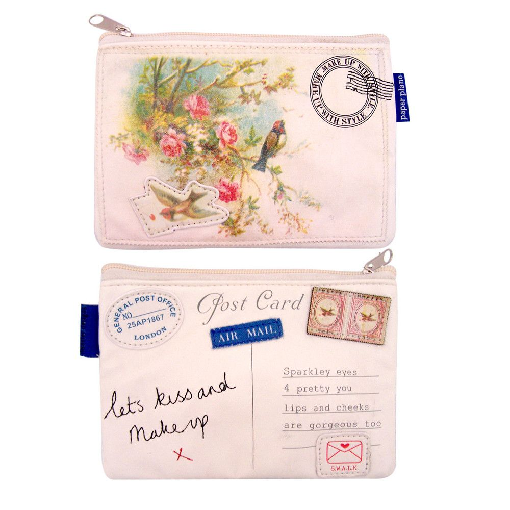 Pretty little make up bags. Can't help it. Sorry for being