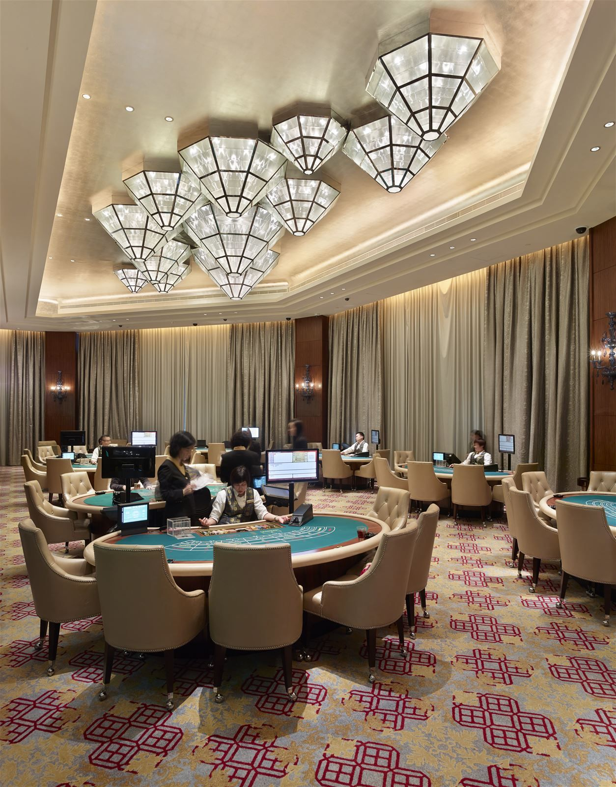 Come Get Amazed By The Best Modern Casino Lighting Inspiration