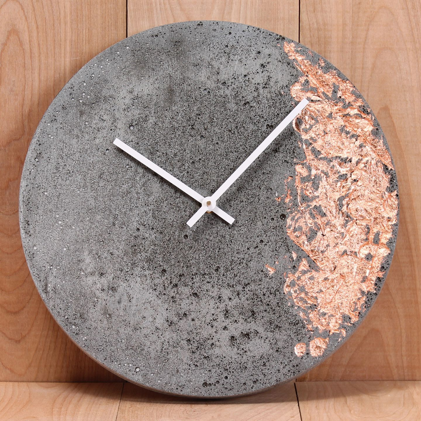 Lightweight Cast Concrete 11 Wall Clock With Inlaid Copper Silver Or Gold Foil Made In Canada Diy Clock Wall Concrete Crafts Concrete Diy