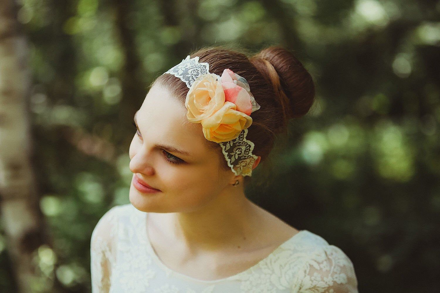 Headband with lace and flowers, Retro headband, Great Gatsby hairstyle, Present for her, Headband with roses, Wedding headband, Hippie