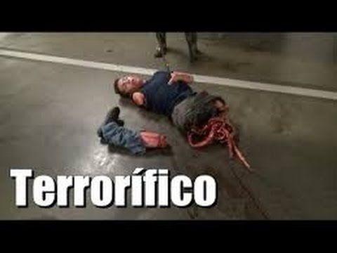 Bromas de terror: Descuartizador causa pánico en un estacionamiento