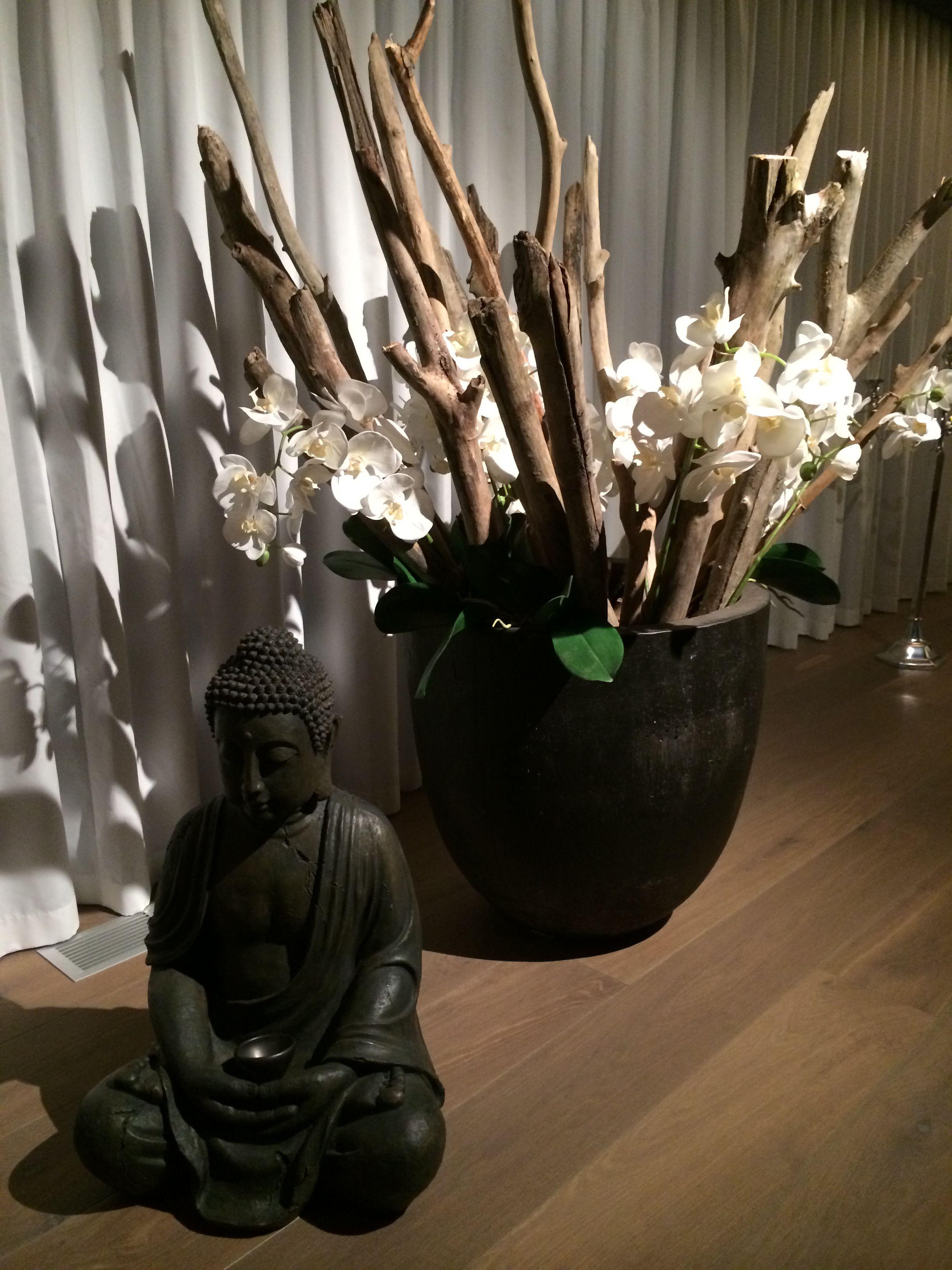 Gefässfüllung Mit Orchideen Künstliche Und Schwemmholz Dekoration