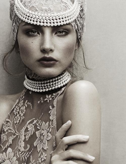 """Pearls / Ruslana Korshunova in """"Pearl Perfection"""" by Junji Hata   Vogue Japan, Dec. 2006."""
