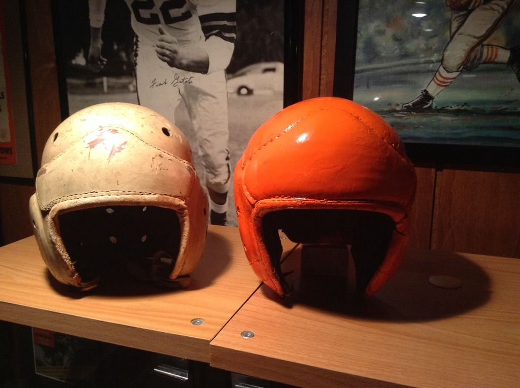 3ce97ca4 1946 to 1950 Browns leather helmets | CLEVELAND BROWNS MANCAVE ...