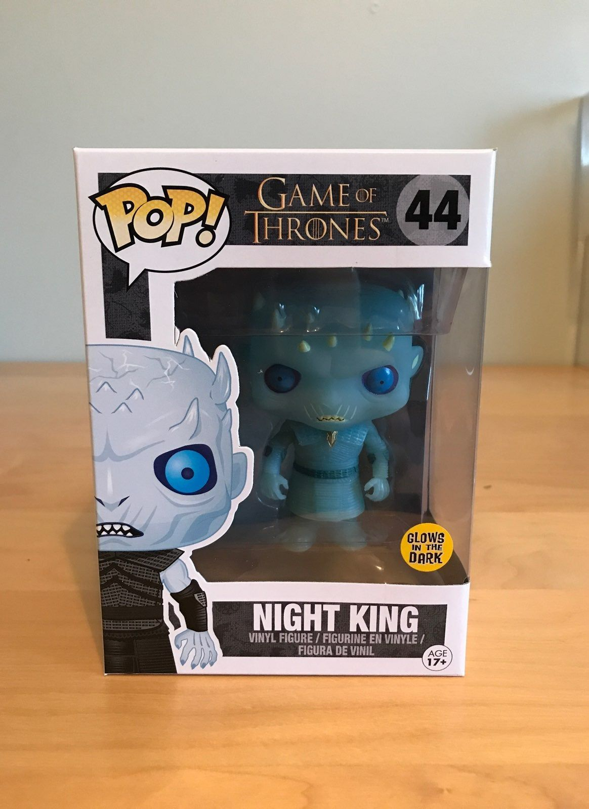 For Sale Is A Glow In The Dark Night King Pop From Game Of Thrones The Box Is In Great Condition And Ships In A Soft Prot Night King Glow Games