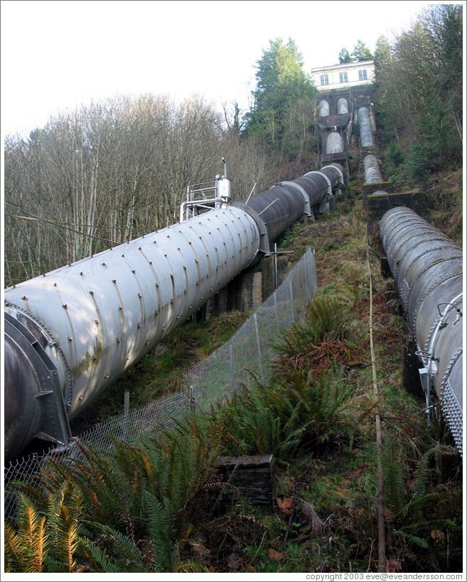 snoqualmie-falls-power-plant-large.jpg (657×819)