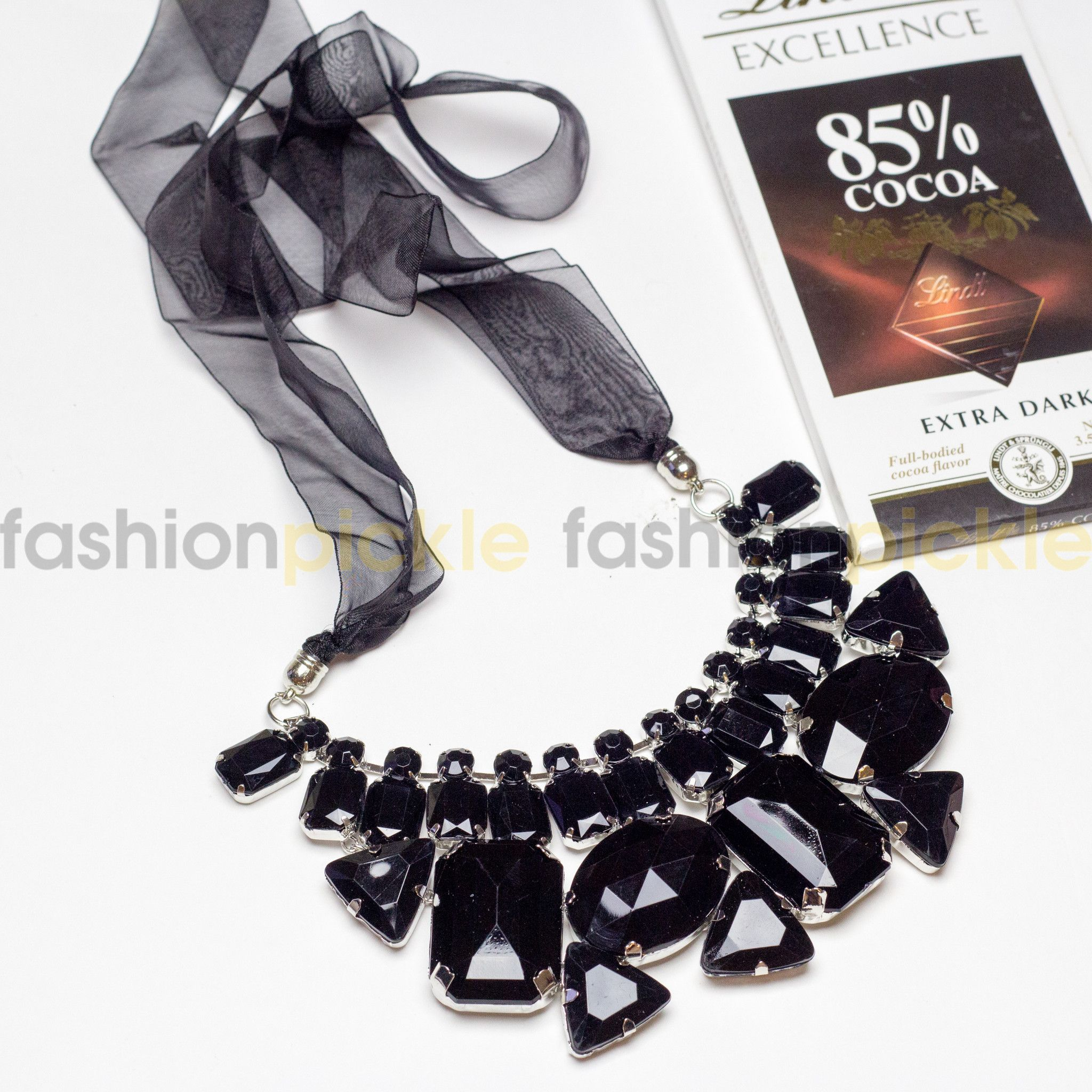 Uster black stones statement necklace simple necklace pinterest