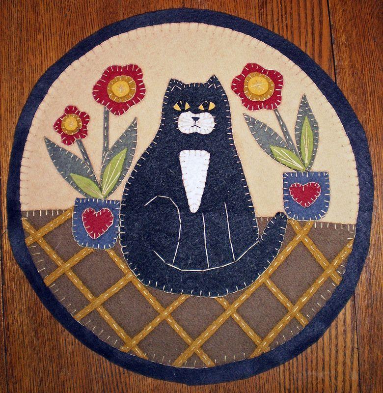 Penny Rug Tuxedo Cat Instant E Pattern