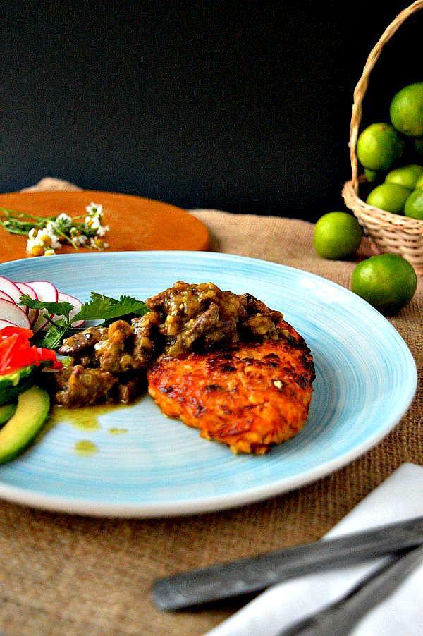 Tacu tacu relleno de seco arroz con alubias relleno de ternera tacu tacu relleno de seco arroz con alubias relleno de ternera guisada rice and forumfinder Images