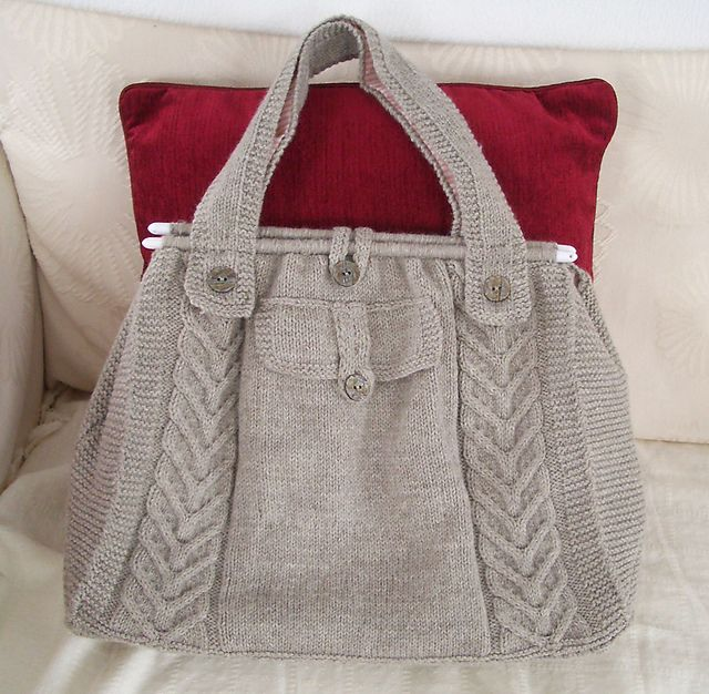 Ravelry: Cable Tote pattern by Knitted Creations | bag | Pinterest ...