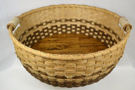 Large Round Handmade Tray Basket Using Reed By