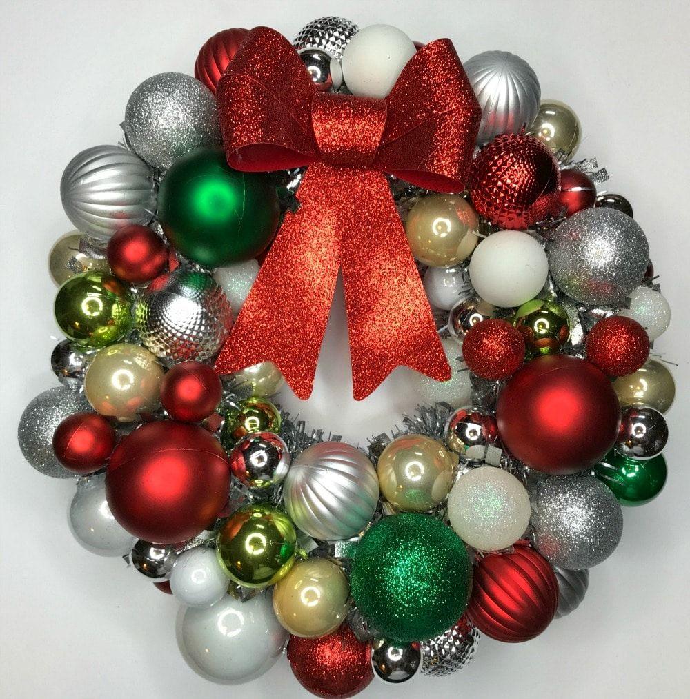 Diy Disney Hidden Mickey Mouse Christmas Wreath Tutorial Sand And Snow Christmas Wreaths Mickey Mouse Christmas Disney Diy