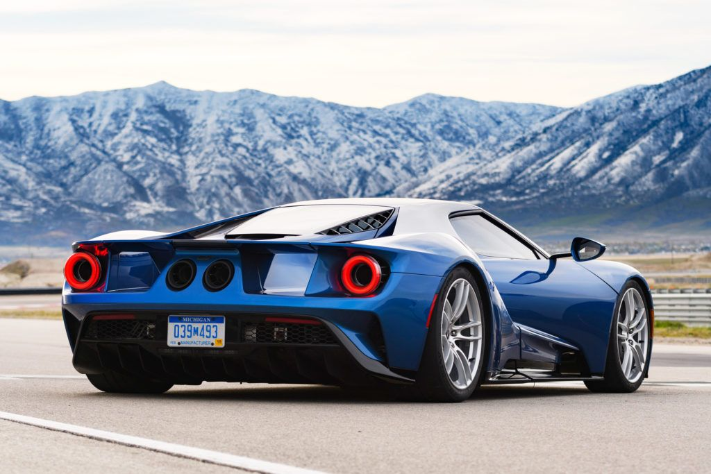 The 450k Gt Returns Ford To The Top Of The Supercar Game Ford Gt Super Cars Ford Gt 2017