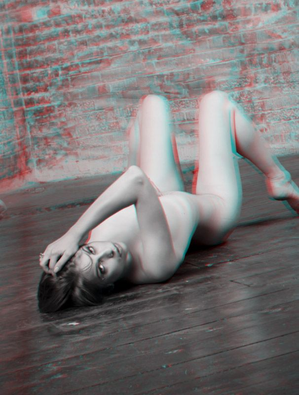 Nude anaglyph stereoscopic 3d