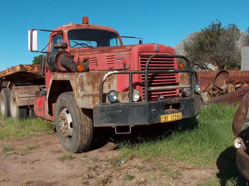 International 210 International harvester truck