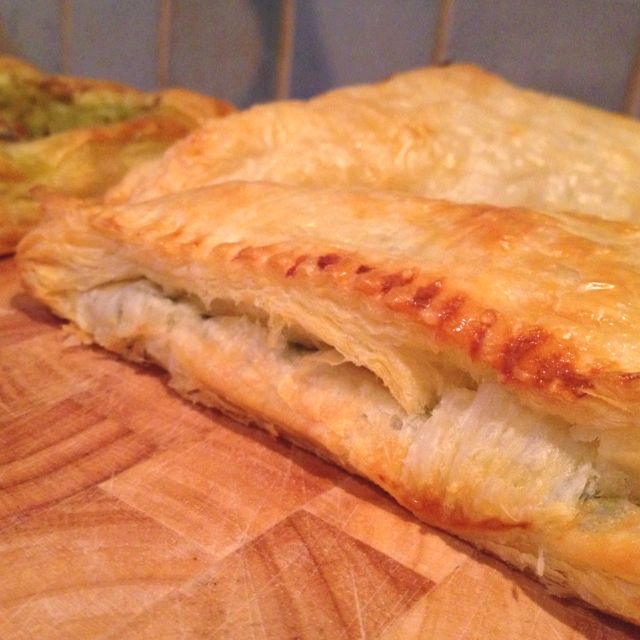 Goats cheese and spinach pasty rollover