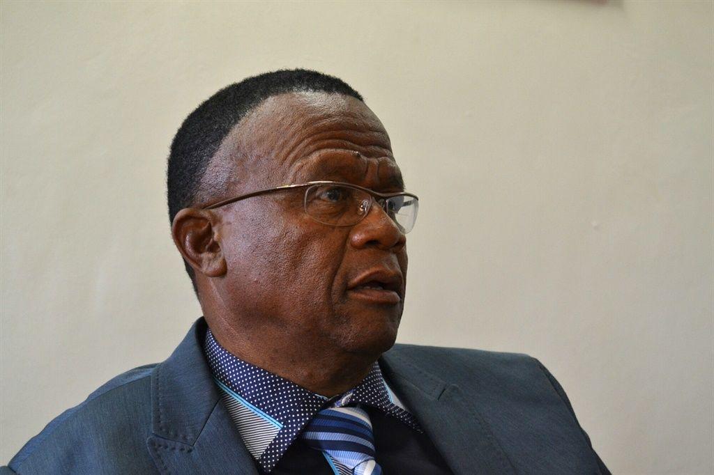 MEC accused of paying support staff 'exorbitant salaries