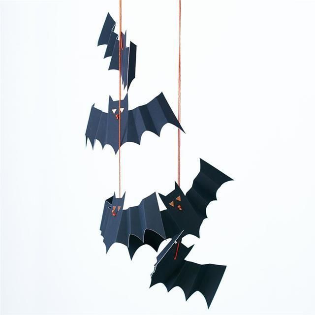 MERI MERI HALLOWEEN Spooky Hanging Bats Decoration (8 Pack