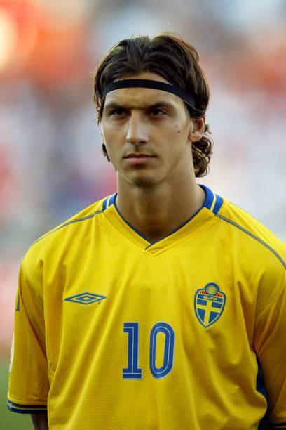 60 De bästa Sweden V Holland 2004 Football bilderna