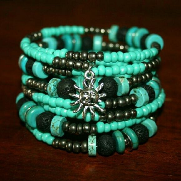 Turquoise and black memory wire bracelet Super cute handmade 8 ...