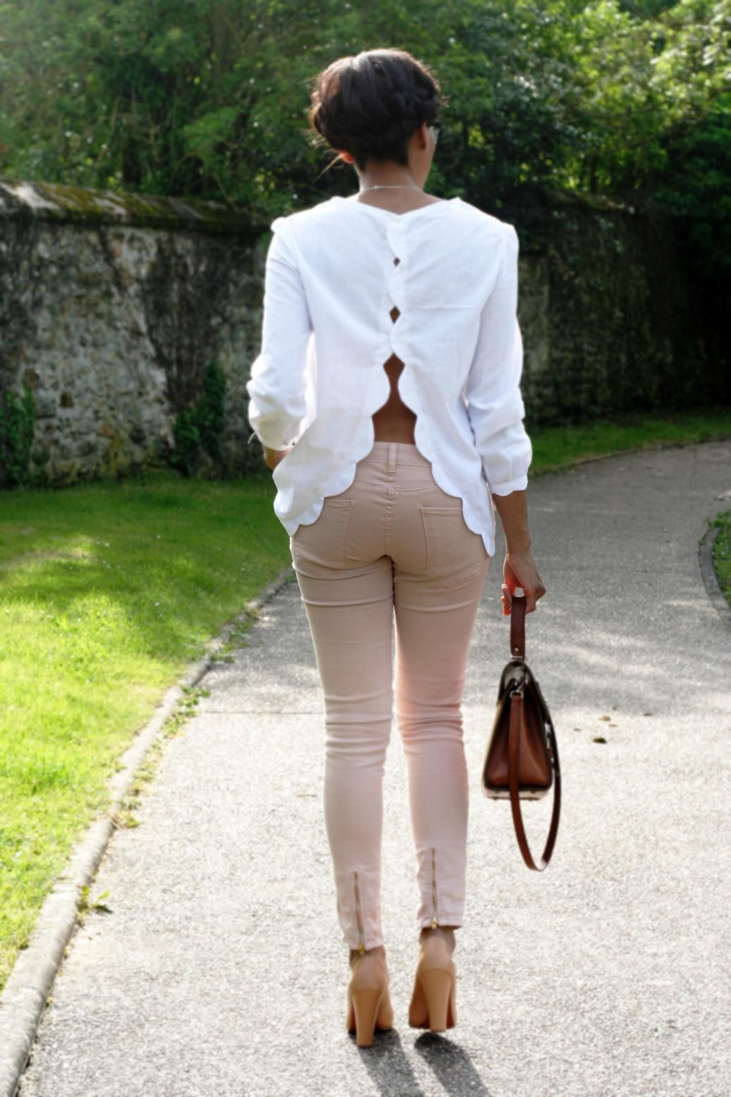 Plan to try this with some thrifted silk blouses. #yay 3 day weekend    scallops: refashion idea