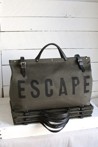 ESCAPE Canvas Utility Bag in Olive | Canvases, Bag and Weekender bags