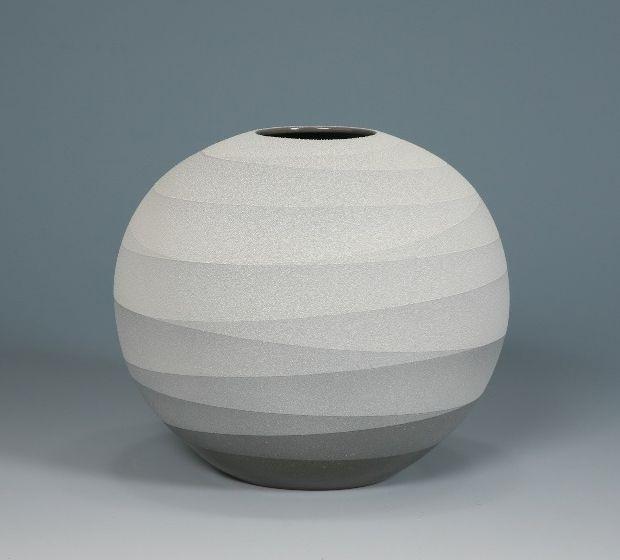 Vessels by Ceramic Artist Yoshitaka Tsuruta 8