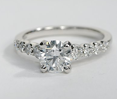 Graduated Side Stone Engagement Ring in 2019 | Beautiful ...