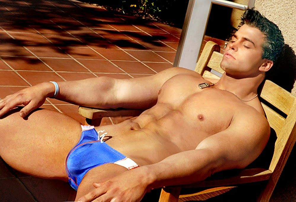 Hot gay male tube