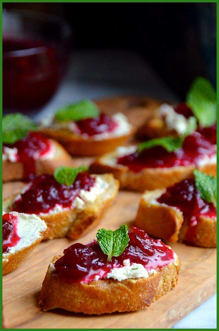 Cranberry Sauce Crostini with Garlic amp Herbed Goat Cheese appetierz crowd pleasers appetierz potluc