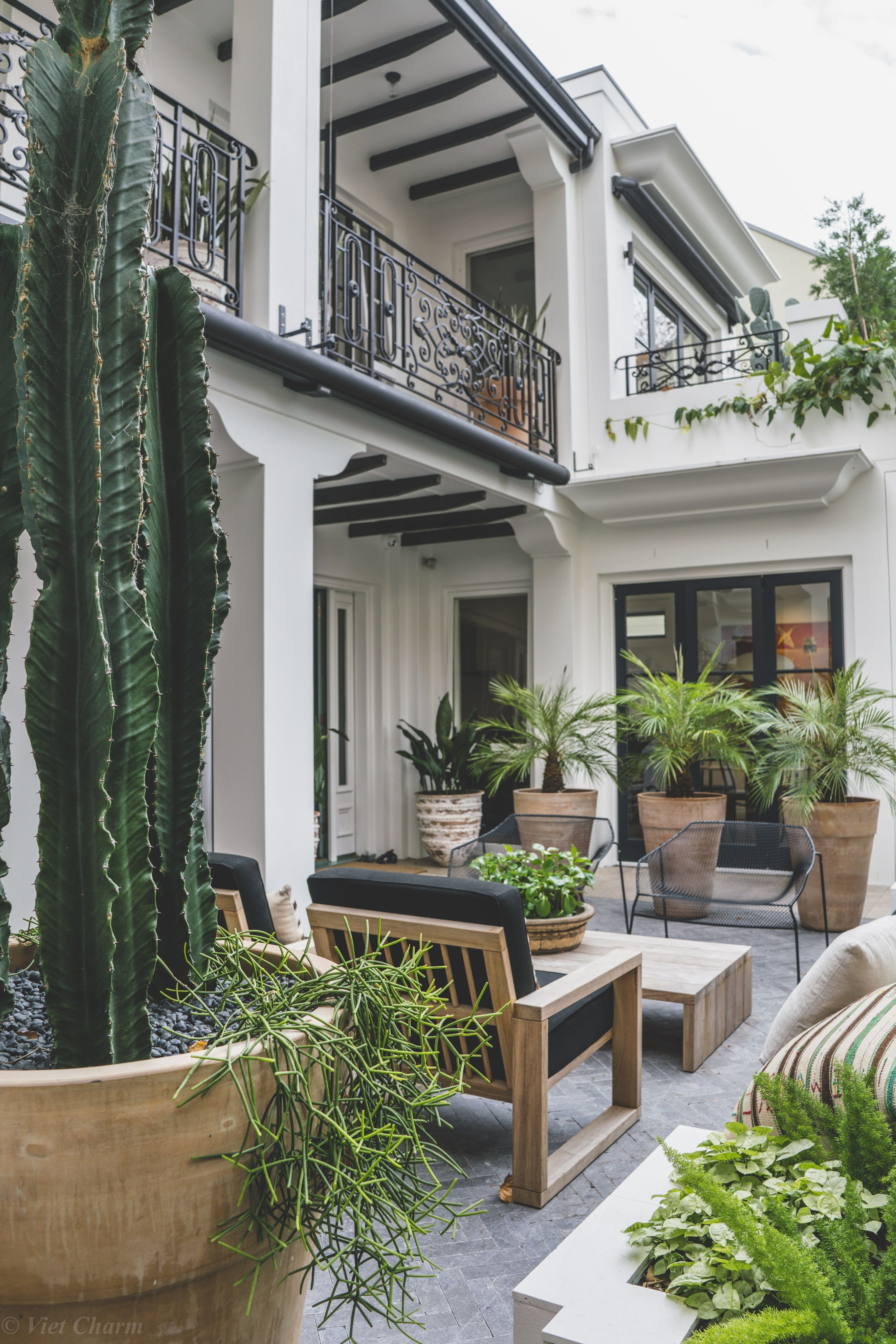 Garden life woollahra project arquitectura pinterest for Jardineria al aire libre casa pendiente