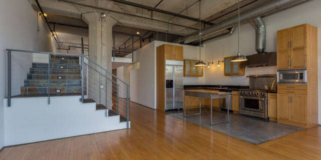 Stunning Split Level Loft In The Sought After Meyer And Holler