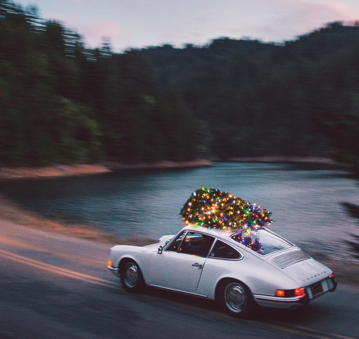 Huckberry\u0027s Porsche 912 with Christmas Tree on top
