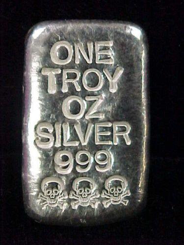 1 Troy Ounce 999 Fine Silver Poured Bar Skull Crossbones Cool Piece Ebay Silver Silver Bullion Ebay