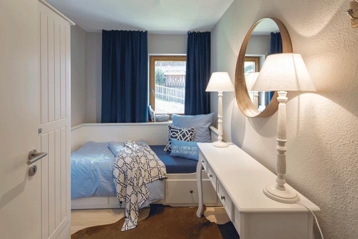 Kleines Gastezimmer Maritimer Stil Landhaus Stil Konsole Mit