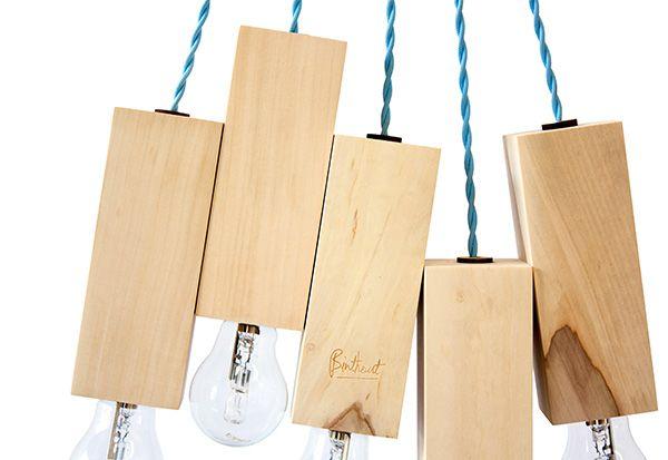 Lamp van kastanje nieuwe markt Zwolle uniek exemplaar Duurzaam design van lokaal hout gezaagd in een dagbesteding