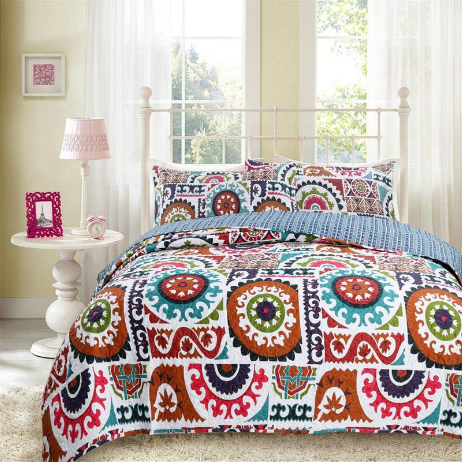 Bohemian Floral Wildfire Bedspread Set By Dada Bedding Collection