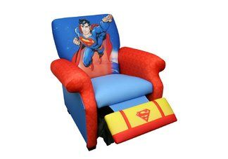 who doesn t want a superman chair if it came in my size i hope rh pinterest es spiderman chairs spiderman chair bed