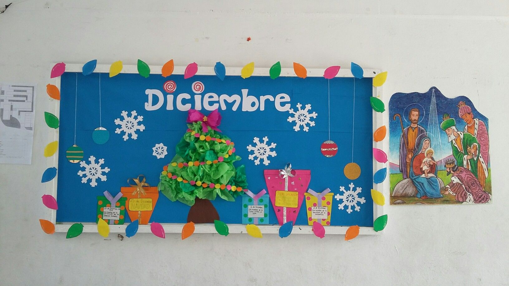 Diciembre periodico mural preescolar pinterest - Murales decorativos de navidad ...